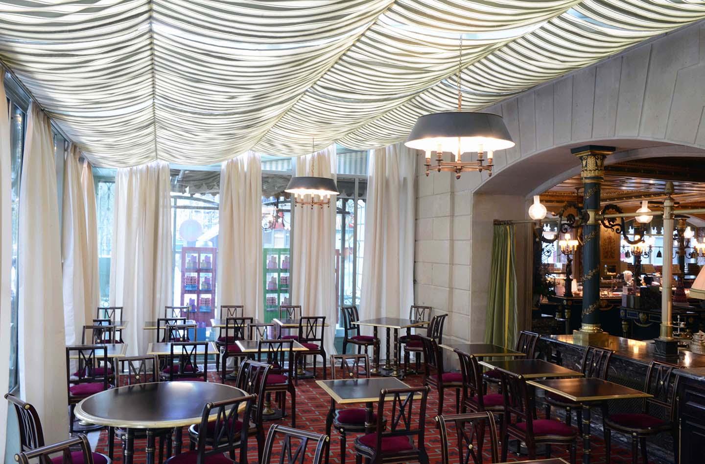 Ladurée Champs Elysées - Salon de thé, boutique et restaurant